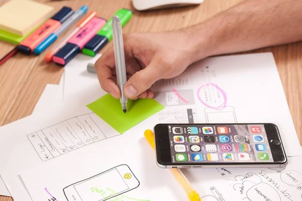 UI/UX decides the future of your mCommerce (Mobile Commerce) app – Is it true?