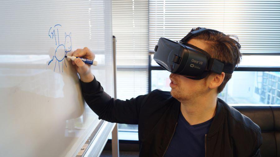 How Universities Use Virtual Reality